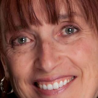 Carole Saint-Cyr